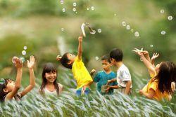 Giúp bạn tiết kiệm chi phí khi mua quần áo trẻ em
